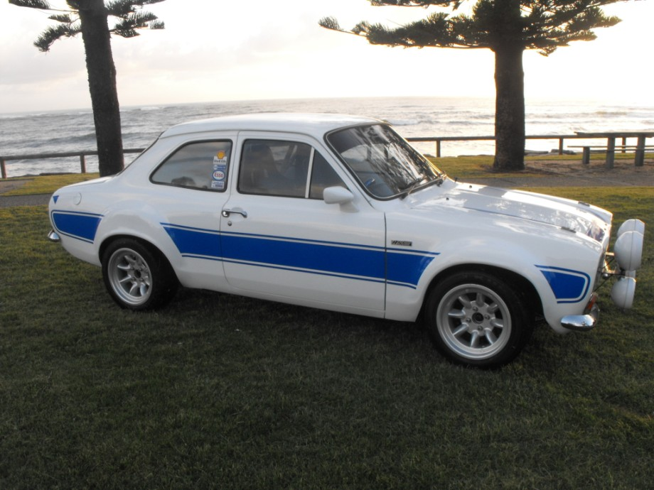 Ford escort mk1 \'works\' replica duratec,white/blue rs2000 decals ...