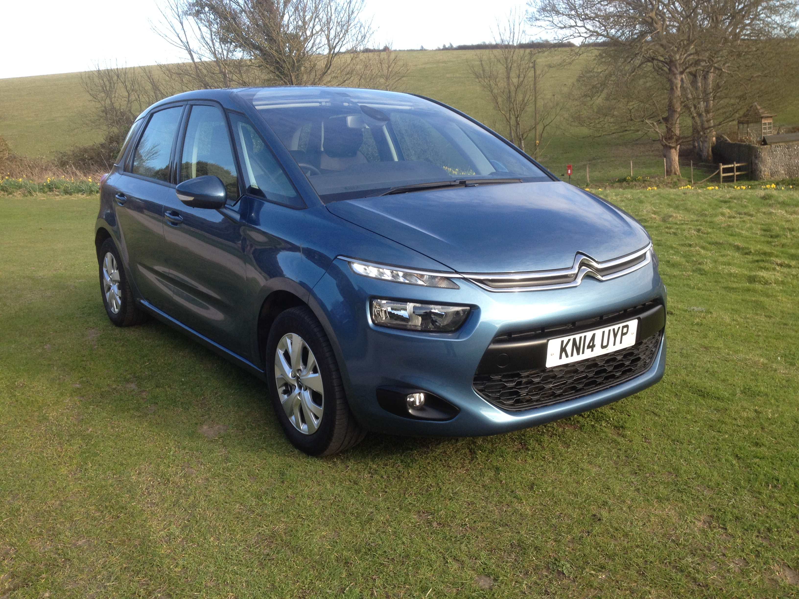 2014 citroen c4 picasso vtr trade price. Black Bedroom Furniture Sets. Home Design Ideas